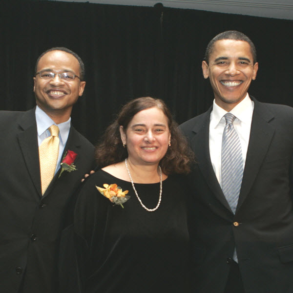 Photo of EFE's Former Board Chair, Michael Parks, EFE's President & CEO, Zena Naiditch, and United States President, Barak Obama.